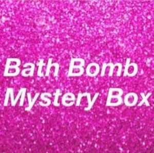 BathBomb Mystery Box❤️